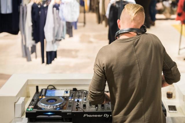 Chase Concept Store CF Retail 12 Muziek DJ