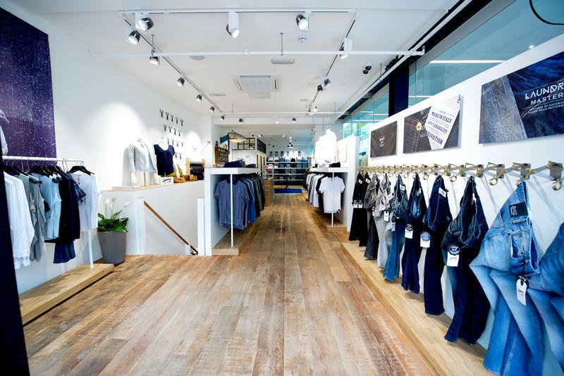 Denham flagship store Leeds (10)