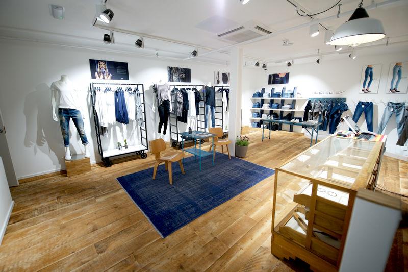 Denham flagship store Leeds (4)