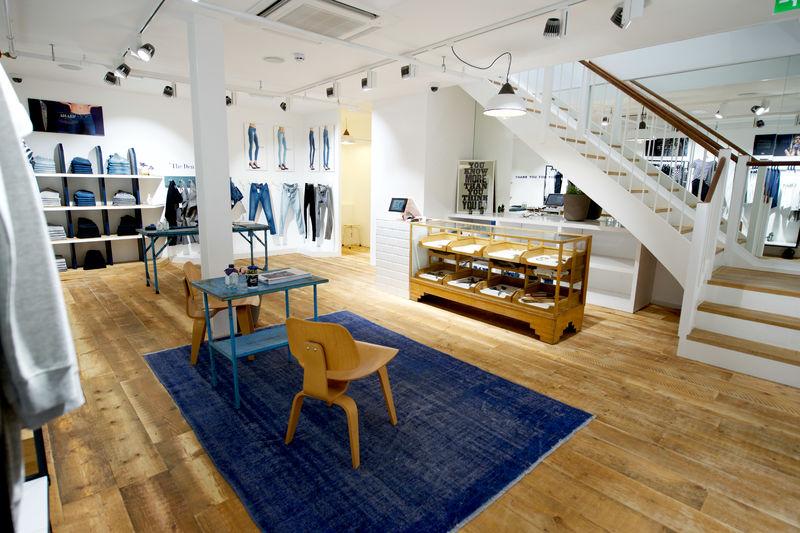 Denham flagship store Leeds (5)