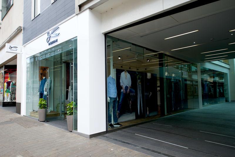 Denham flagship store Leeds (9)