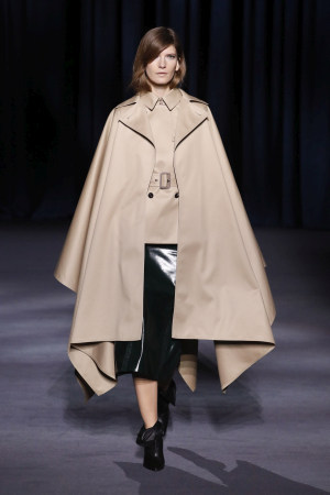 Givenchy hw1819 (8)