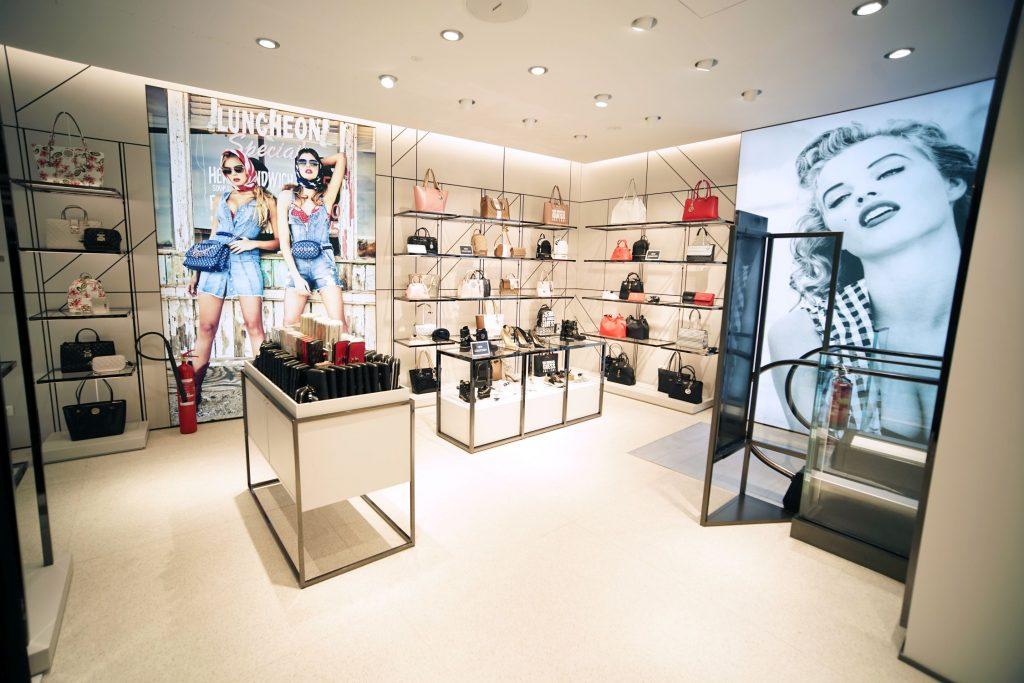 Binnenkijken bij Guess flagship store Amsterdam Textilia