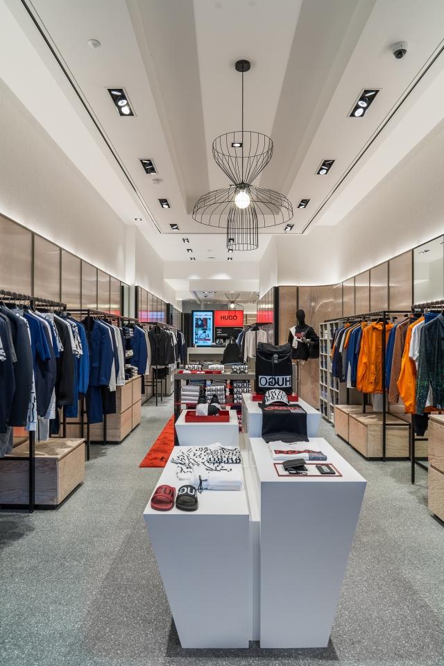 Hugo Menswear Store Amsterdam Leidsestraat 2018 03