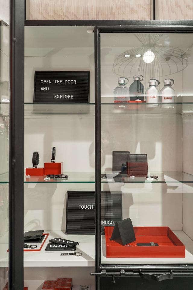 Hugo Menswear Store Amsterdam Leidsestraat 2018 17