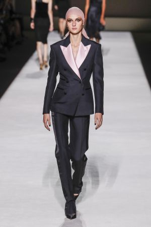 Tom-Ford_ful_W_S19_NY_063